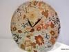 Идея декорирования часов с цветочным рисунком