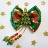 Рождественские зеленые бантики канзаши с елочками и кисточками
