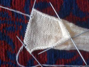 Как-связать-теплые-носочки---вяжем-пятку-12