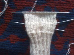 Как-связать-теплые-носочки---вяжем-пятку-3
