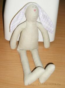 Тильда-кролик---пришиваем-ушки