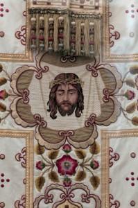 Вышивка-золотом-церковная