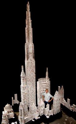 Самое-высокое-здание-из-карт-в-мире