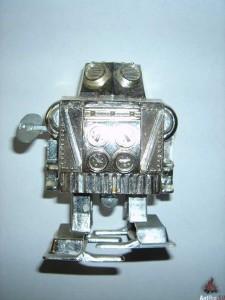 Робот-заводной-советский