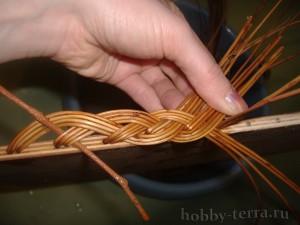 Плетение-из-лозы-загибки-Коса---ШАГ-12