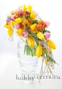 композиция-цветы-в-вазе