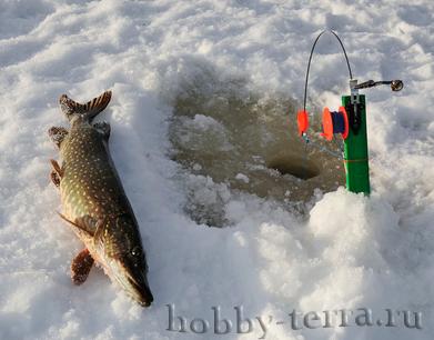 Зимняя-рыбалка-с-удовольствием