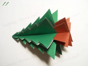 Новогодняя-оригами-елка-11