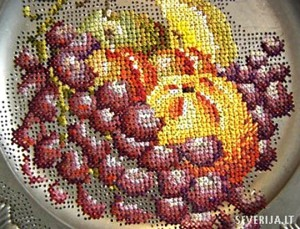 вышивка-крестиком-тарелки