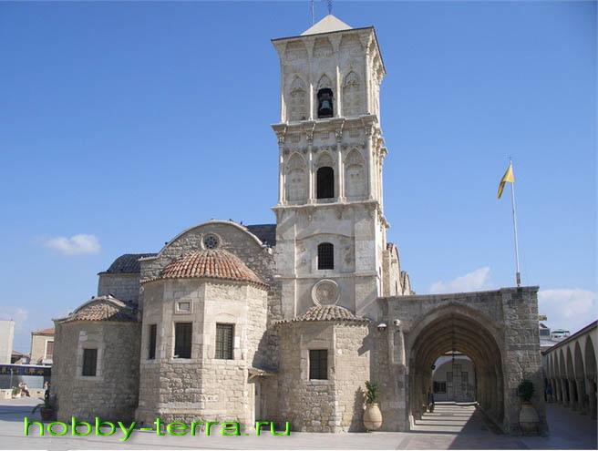 Храм в Ларнаке