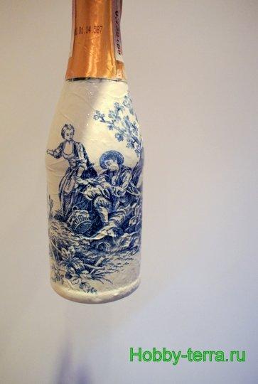 07-Staryye vospominaniya. Ideya dekorirovaniya butylki shampanskogo