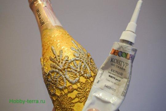 10-2014-12-22_Tri sposoba dekorirovaniya novogodnego shampanskogo
