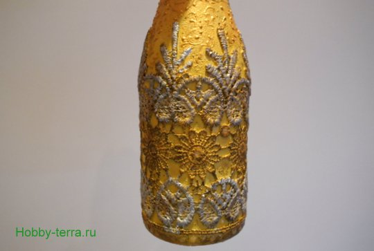 12-2014-12-22_Tri sposoba dekorirovaniya novogodnego shampanskogo