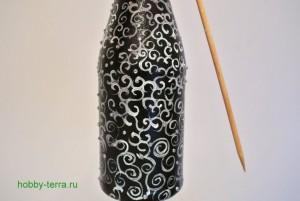 6-2015-02-02_Ideya dekorirovaniya butylki shampanskogo Beloye na chernom