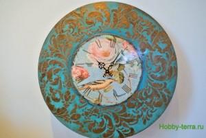 29-2015-04-20 Ideya dekorirovaniya chasov Poyet nad rozoyu vostochnyy solovey