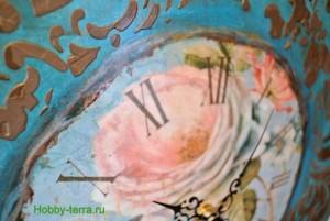 31-2015-04-20 Ideya dekorirovaniya chasov Poyet nad rozoyu vostochnyy solovey